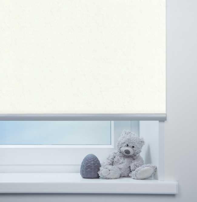 Рулонная штора Mini. Шелк Белый