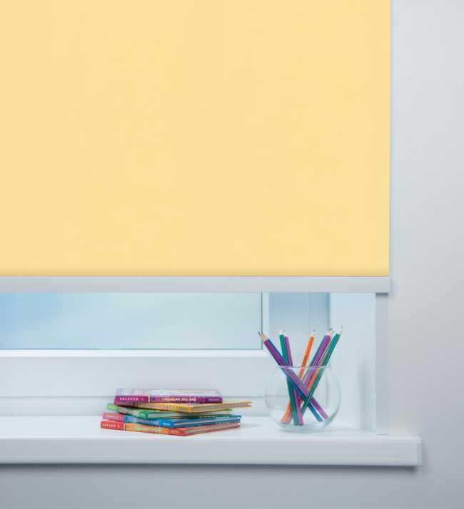 Рулонная штора Карина блэкаут Светло-желтый