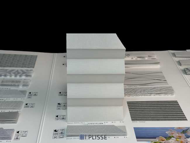 Штора плиссе Bloecker Cosiflor Basic NEW 20244, PG1, R50 A21 T29