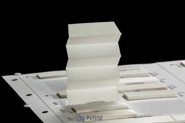 Штора плиссе Bloecker Cosiflor Basic 20106, PG2, R84 A2 T14