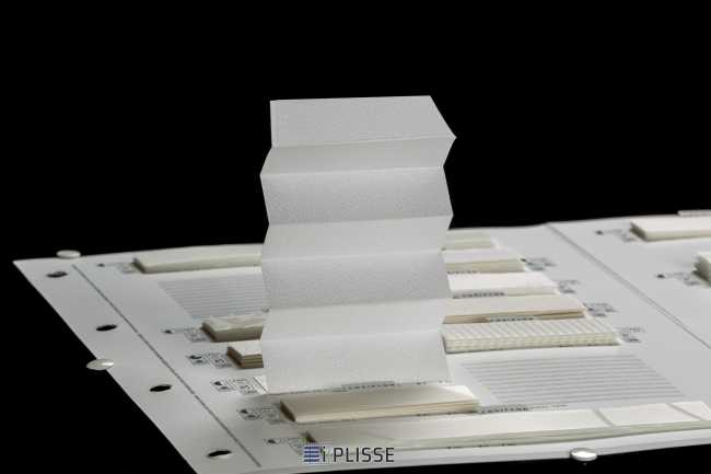 Штора плиссе Bloecker Cosiflor 20401, PG1, R61 A2 T37
