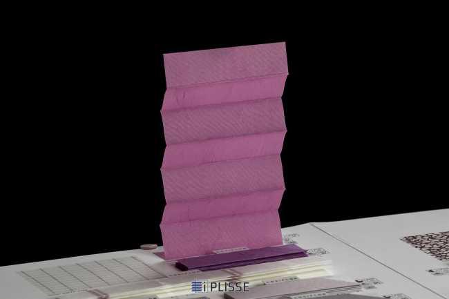 Штора плиссе Bloecker Cosiflor Basic 10318 PG1, R23 A52 T25