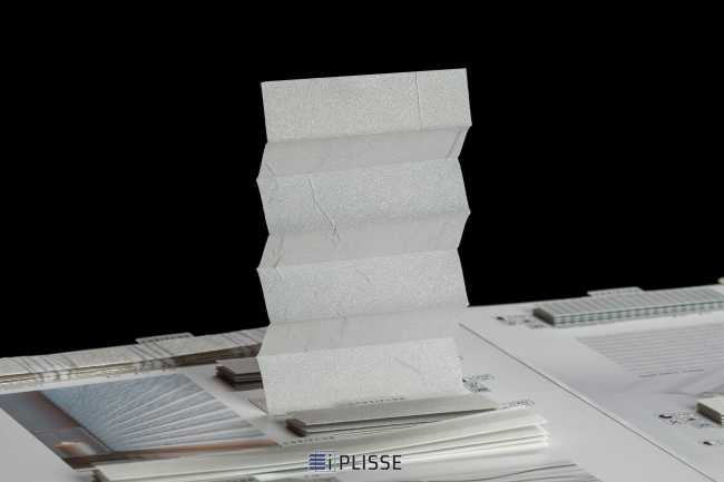 Штора плиссе Bloecker Cosiflor 10208, PG0, R40 A15 T45