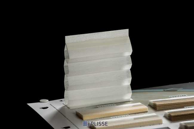 Штора гофре плиссе  Bloecker Cosiflor 60001 PG2, R41 A42 T17