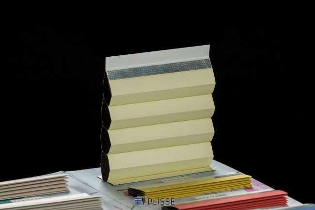 Штора гофре плиссе  Bloecker Cosiflor 70003, PG4, R69 A31 T0
